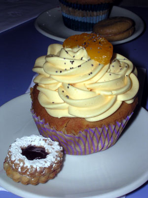 A Mandarian Orange Cupcake from Bom Bon Americano!